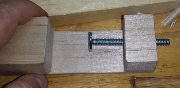 Threaded insert for screw clamp